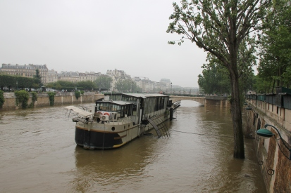 boat on the Seine