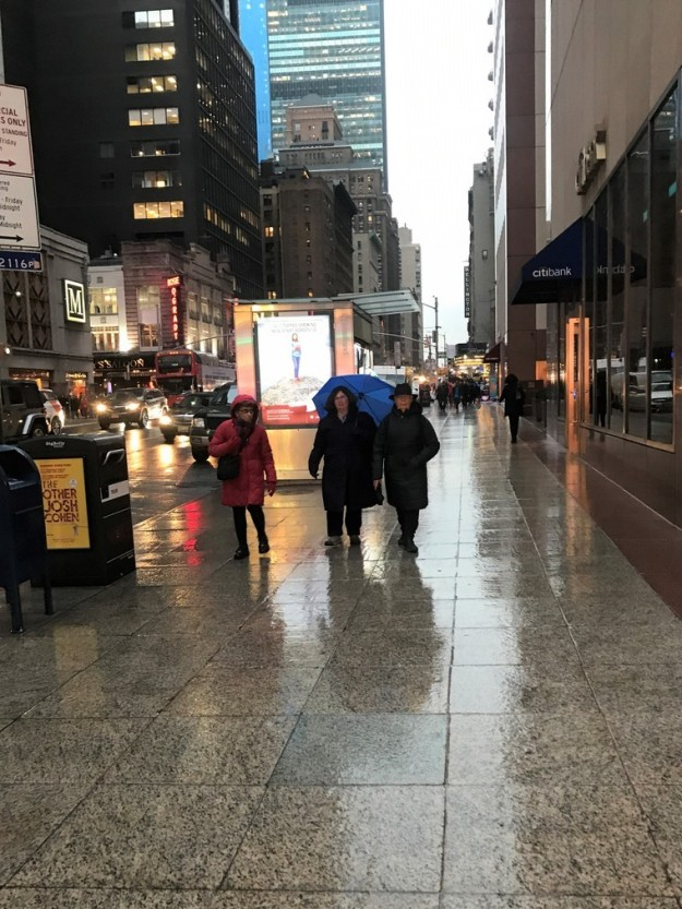 Sixth Avenue 4-23 a.m. 11-30-2018