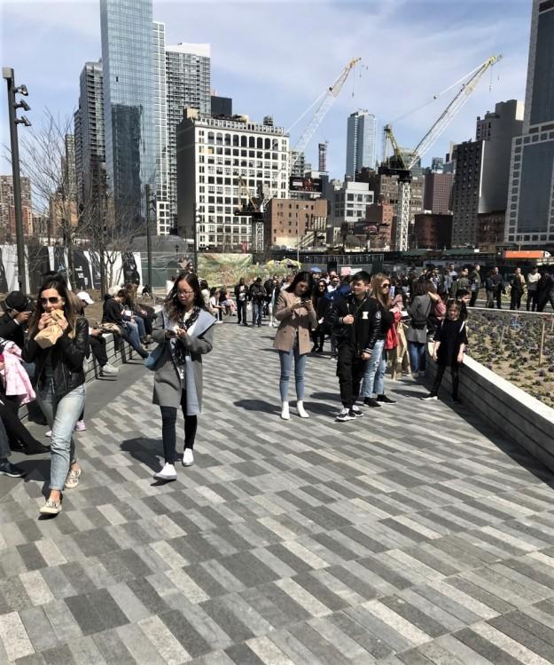 Hudson Yards 1-53 p.m. 4-7-2019 (2).jpg